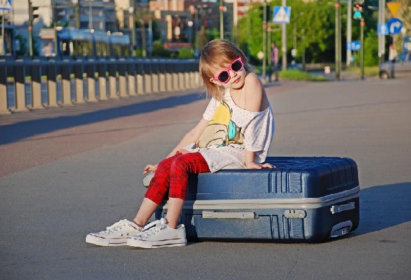 Crianças viajando sozinhas