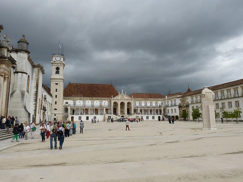 Quanto custa a educação em Portugal?