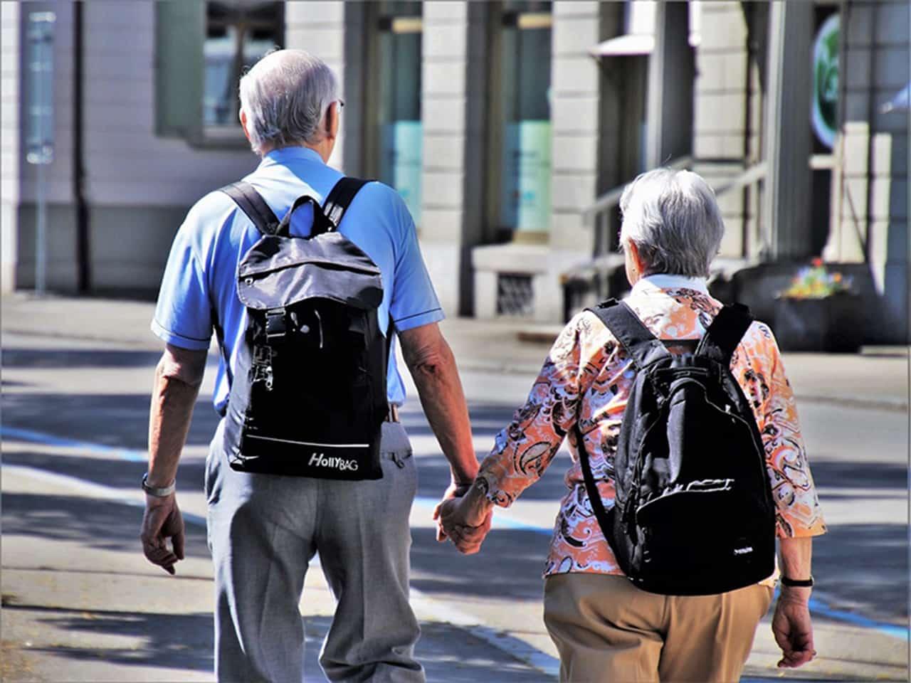 Passagem de graça para idosos