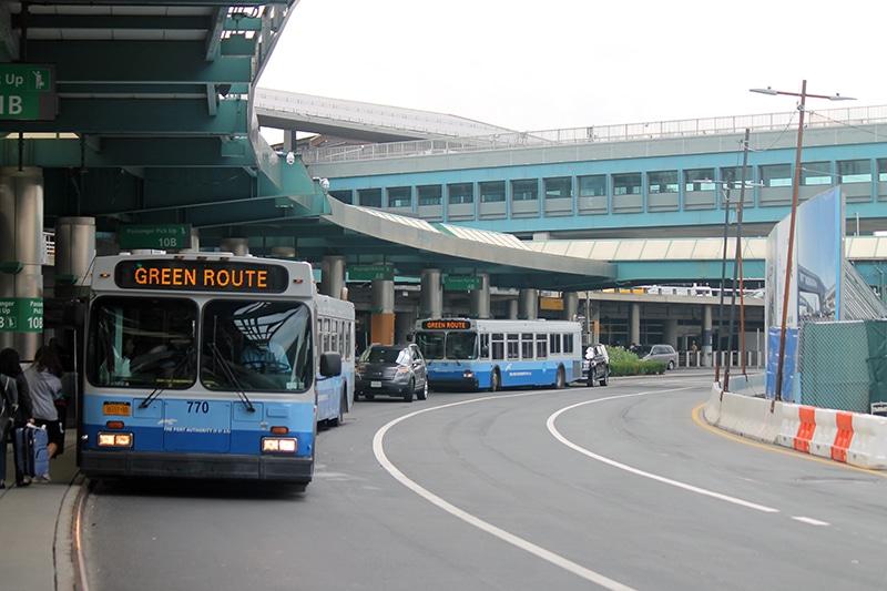 Transporte público no aeroporto de Nova York