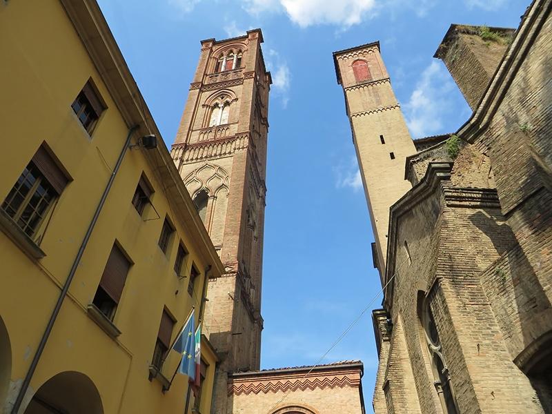 Visitar Bologna, Ravenna e Maranello