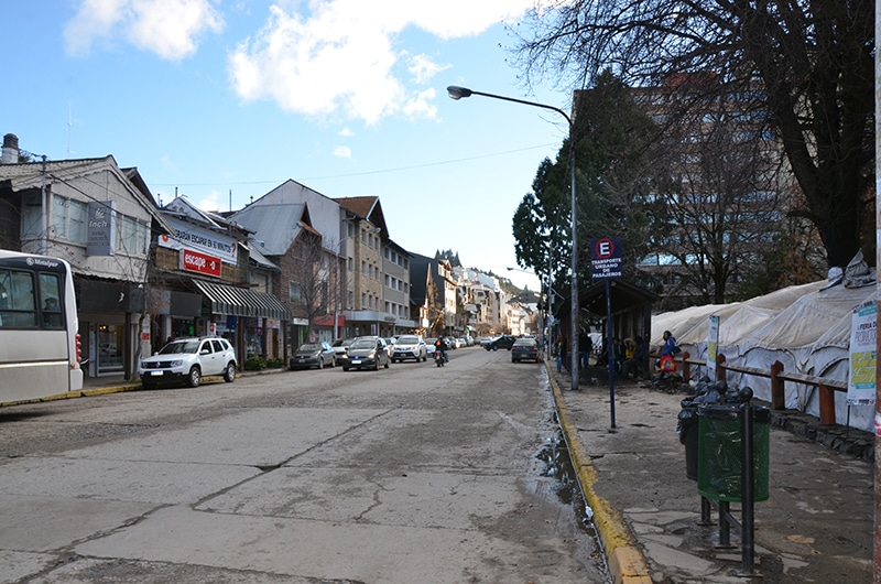Parada do ônibus para ir para Cerro Catedral