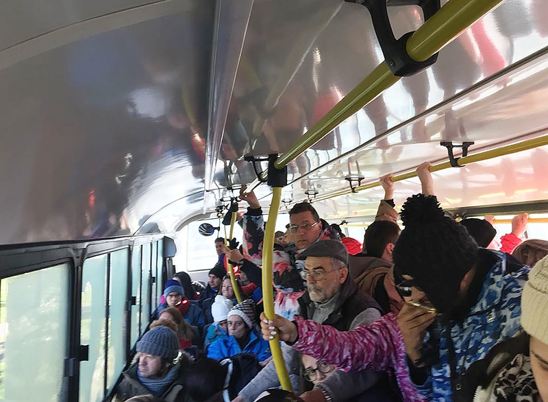 Ônibus para o Cerro Catedral