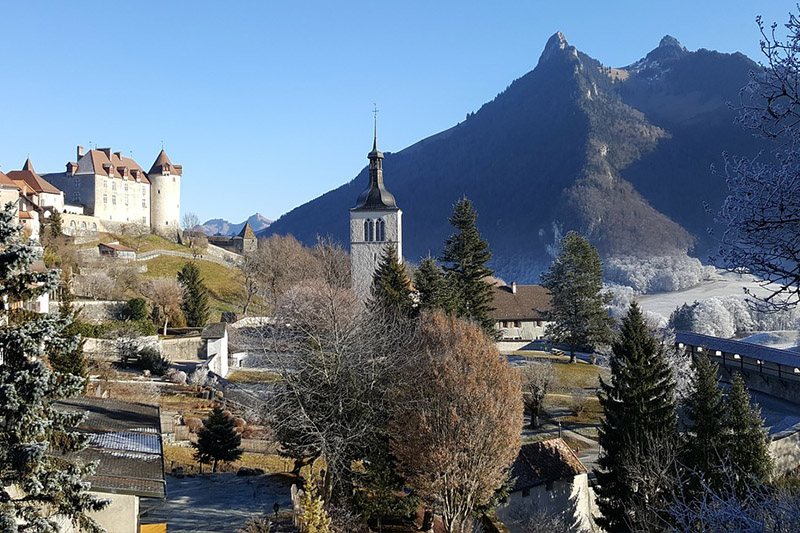 Cidade medieval na Suíça