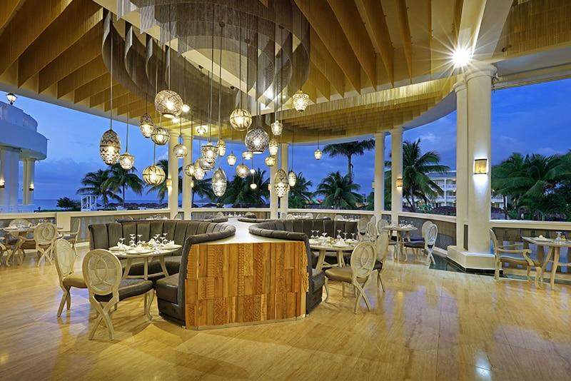 Resort com muitas piscinas na Jamaica