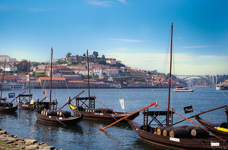 Visitar as Caves de vinho do Porto