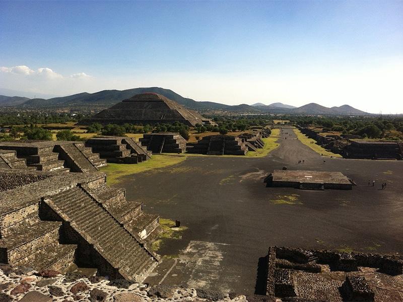 Pirâmides de Teotihuacán no México