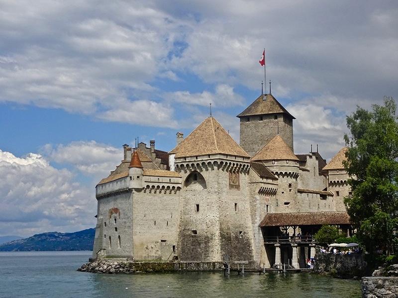 Pontos turísticos na Suíça: Castelo Chillon