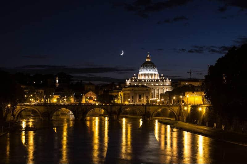 Baladas em Roma: tudo sobre a vida noturna da Cidade Eterna