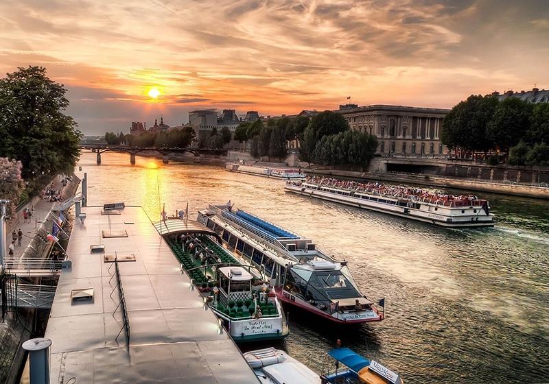 Roteiro em Paris no verão
