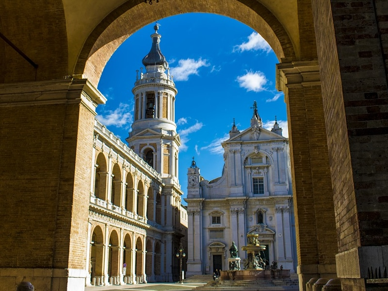 Pontos turísticos religiosos da Itália