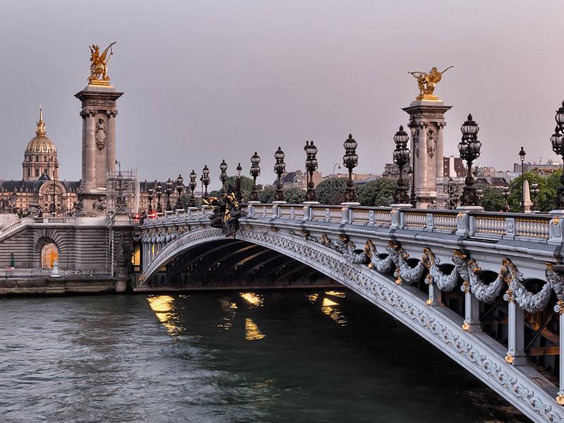 Temperatura em Paris no mês de agosto