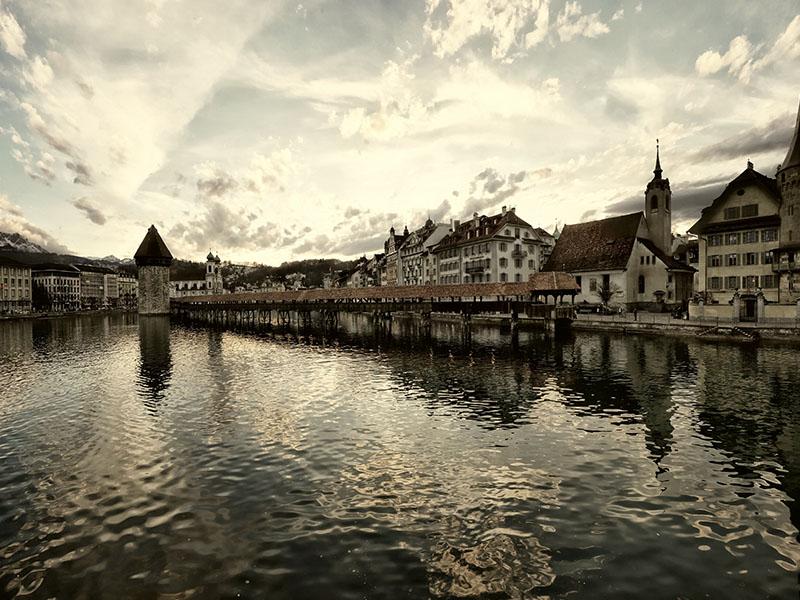 Onde passear nas regiões turísticas da Suíça