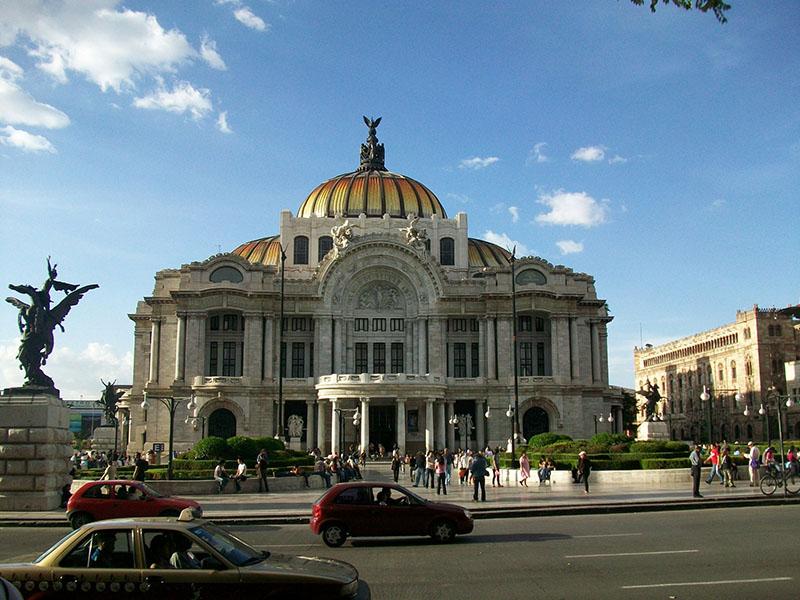 Emprego para brasileiros no México