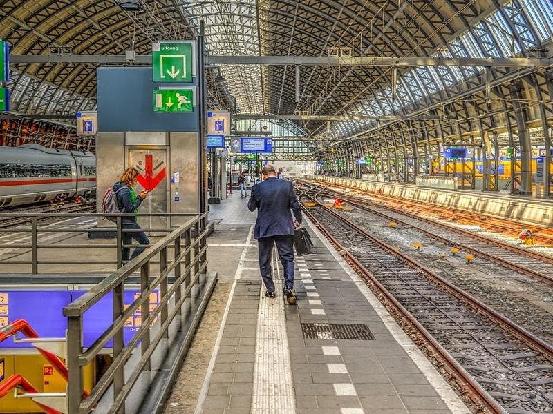 Como chegar ao centro de Amsterdam