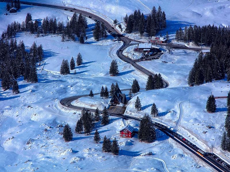 Estradas da Suíça