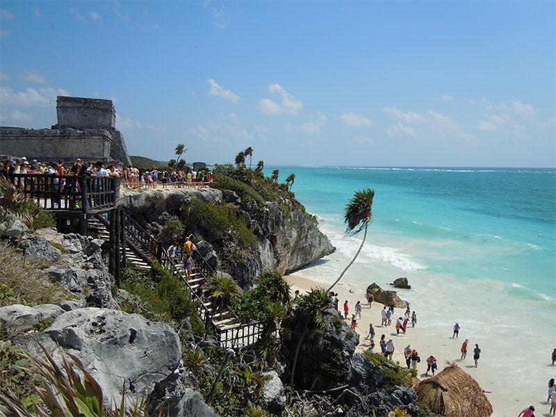 Praias para conhecer no verão no México