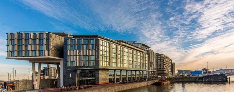hotéis de luxo no centro de amsterdam