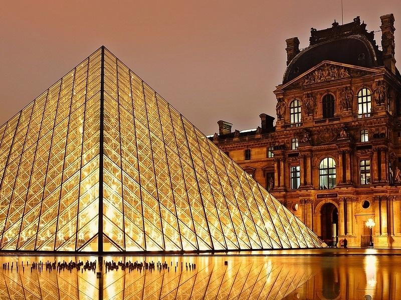 Faz frio em Paris em novembro