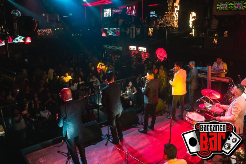 Bar com pista de dança em Lima