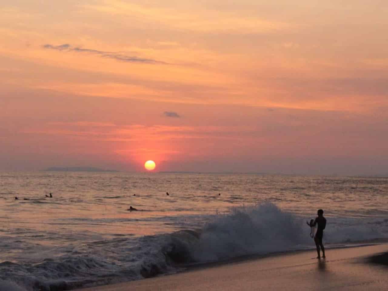 onde surfar no mundo