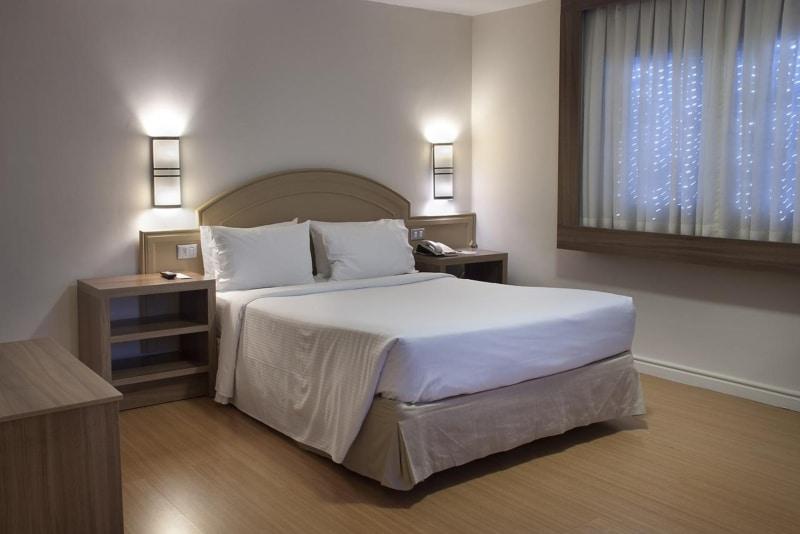 Hotéis com bom custo-benefício em Porto Alegre