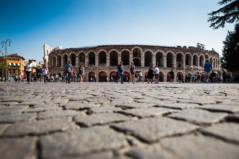 Tour na Itália