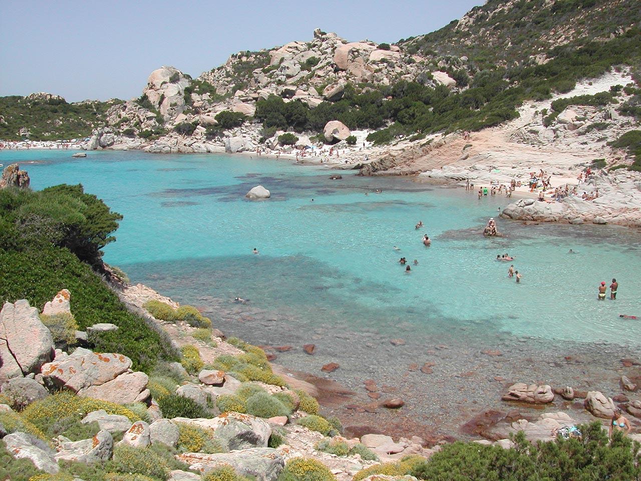 Praias lindas de La Maddalena