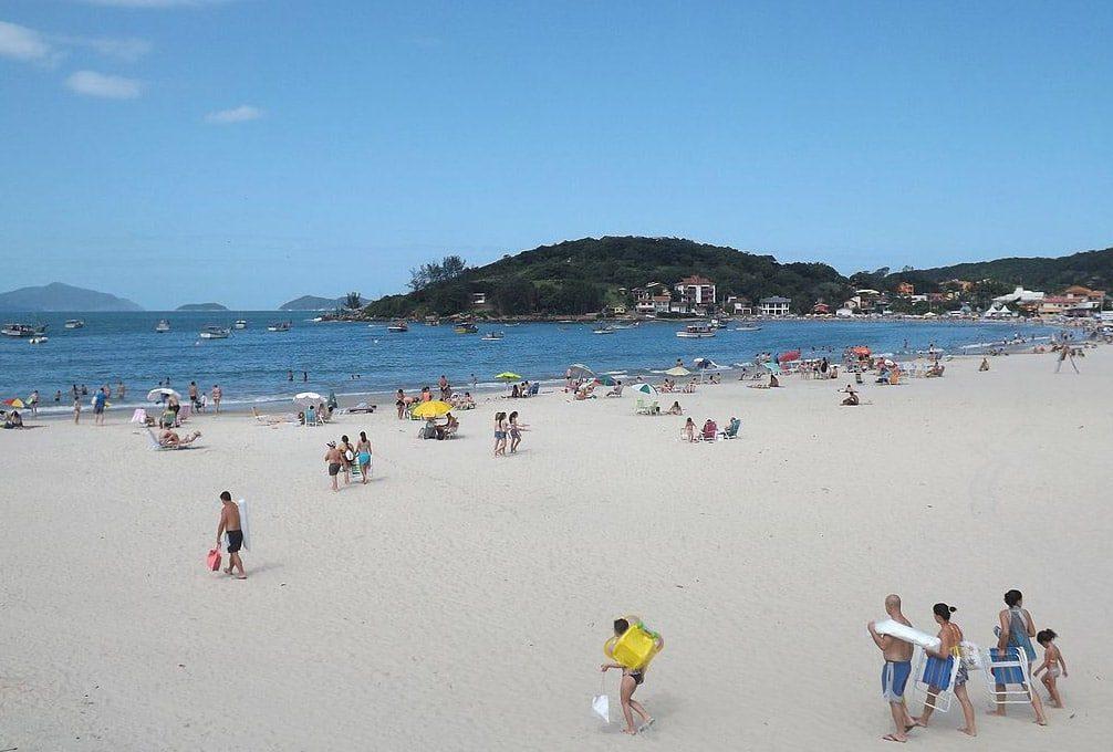 melhores praias de santa catarina para descansar