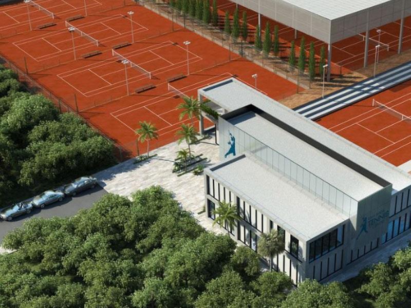 Quadra de tênis em resort de luxo