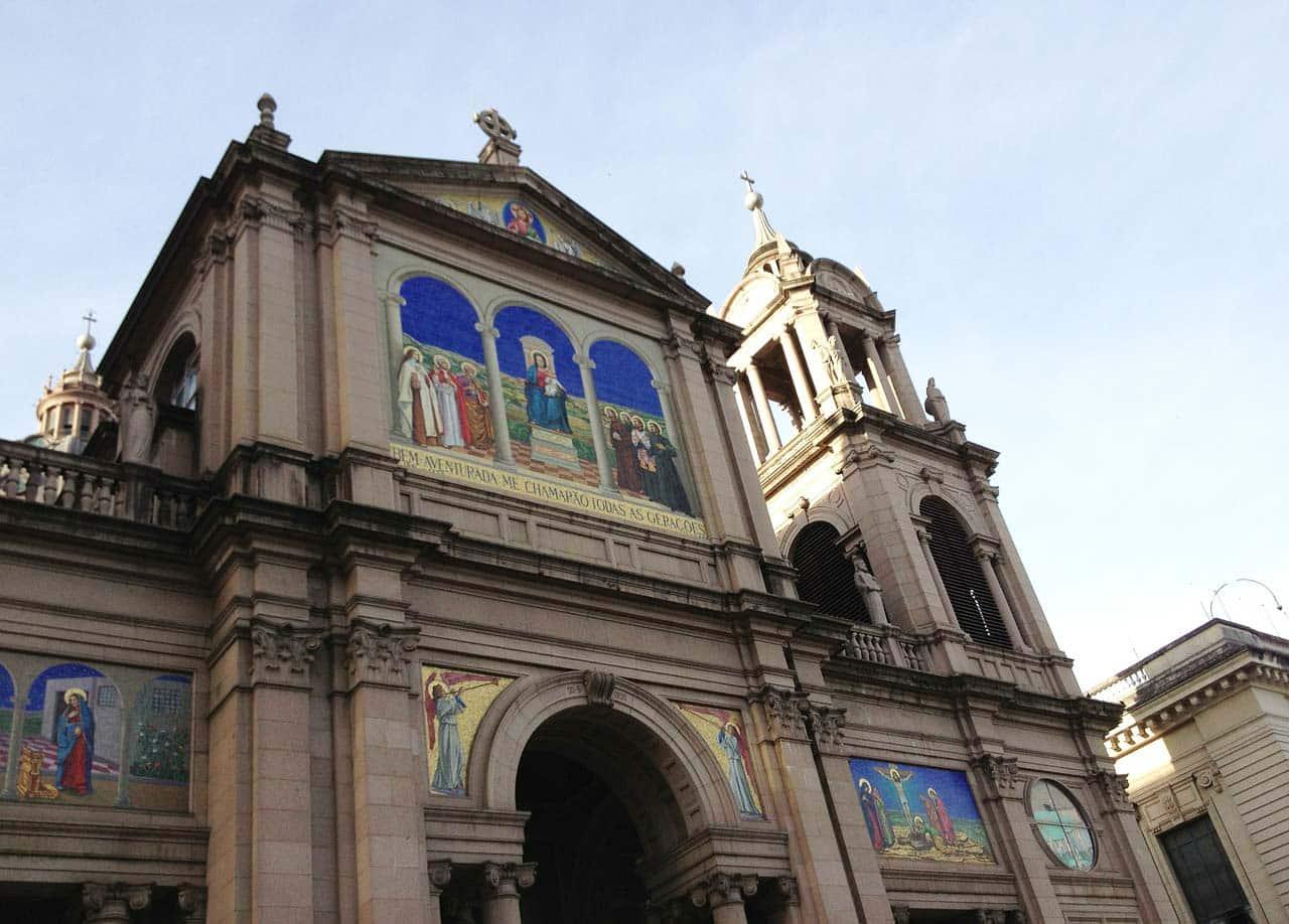 Igrejas para visitar em roteiro em Porto Alegre
