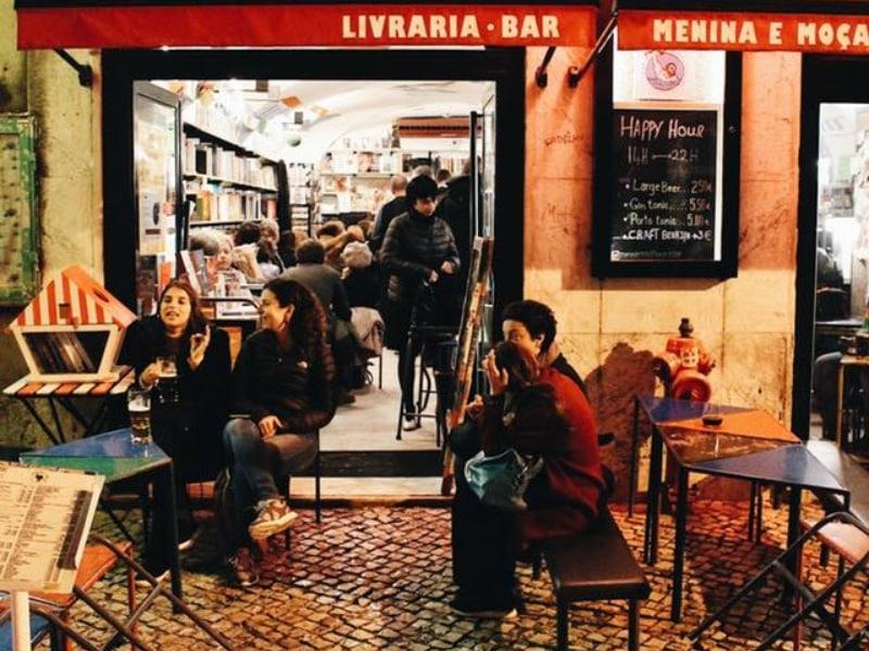 Bar literário em Lisboa