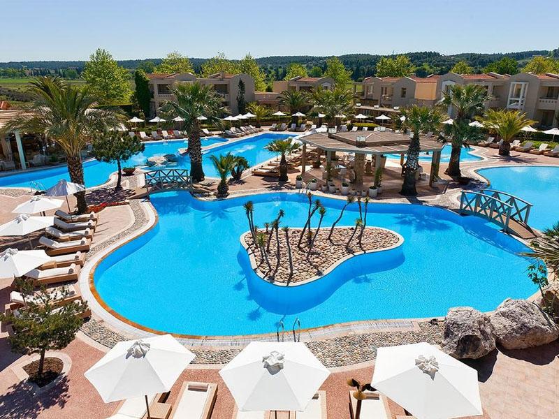 Qual o melhor hotel de luxo da Grécia
