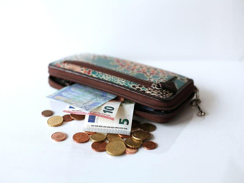 Dicas para usar o dinheiro na espanha