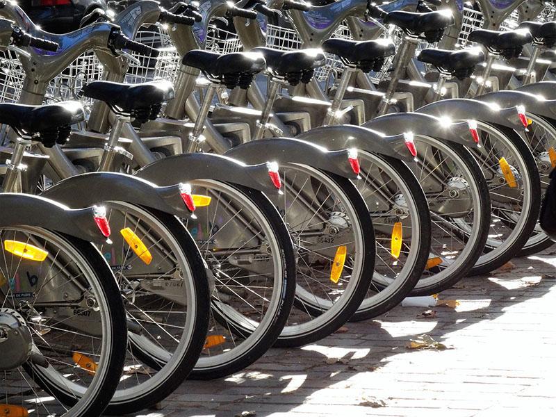 Como andar de bike em Paris