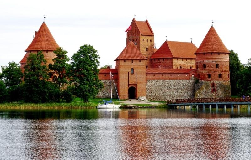 Qual moeda levar para a Lituânia