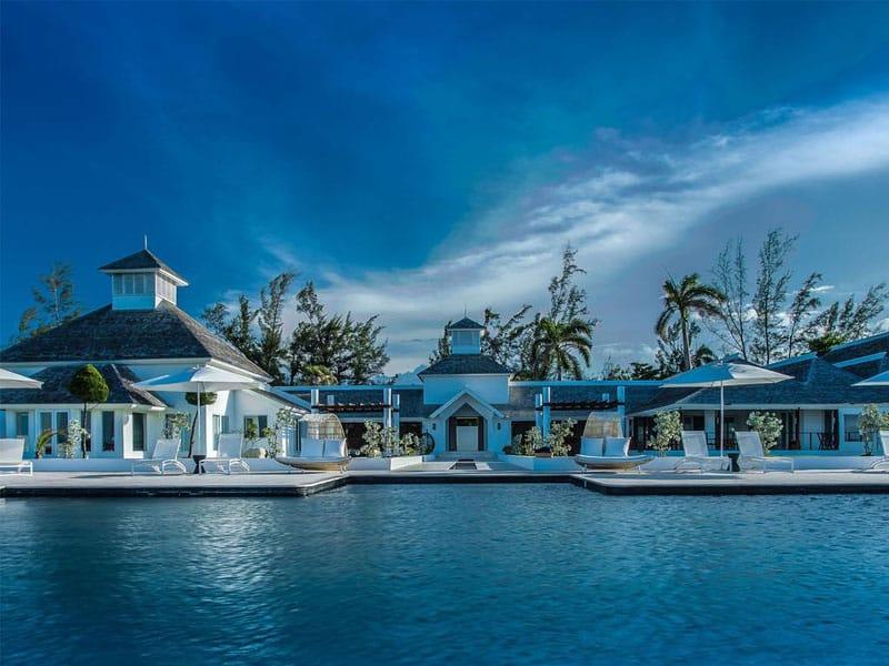 Qual o melhor resort de luxo na Jamaica?