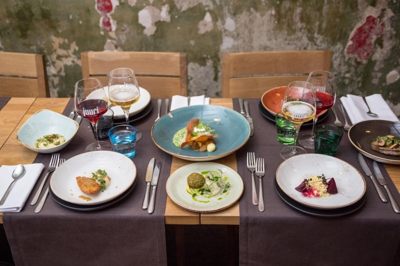 Melhores restaurantes em Helsinque