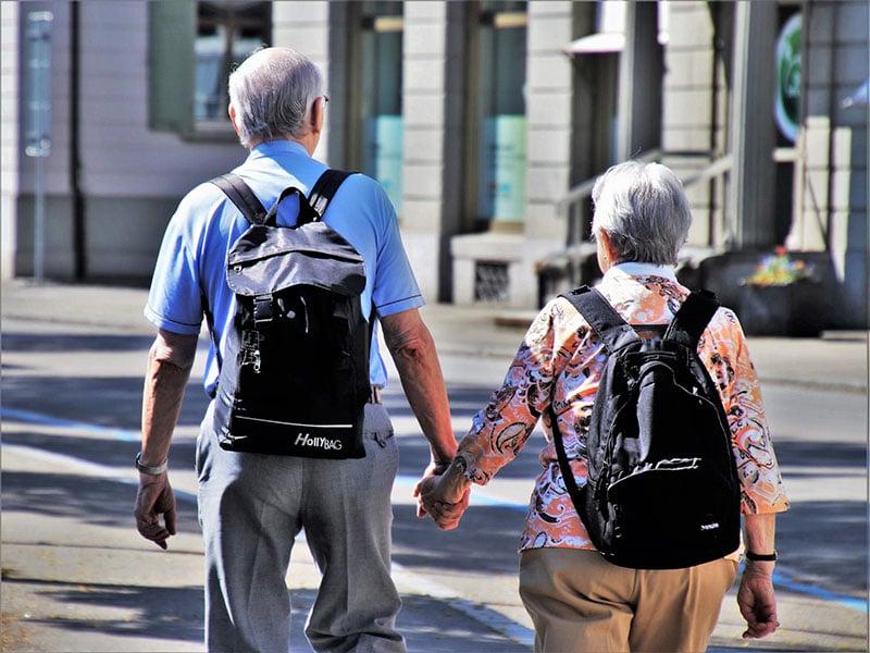 Como funciona o seguro viagem para idosos
