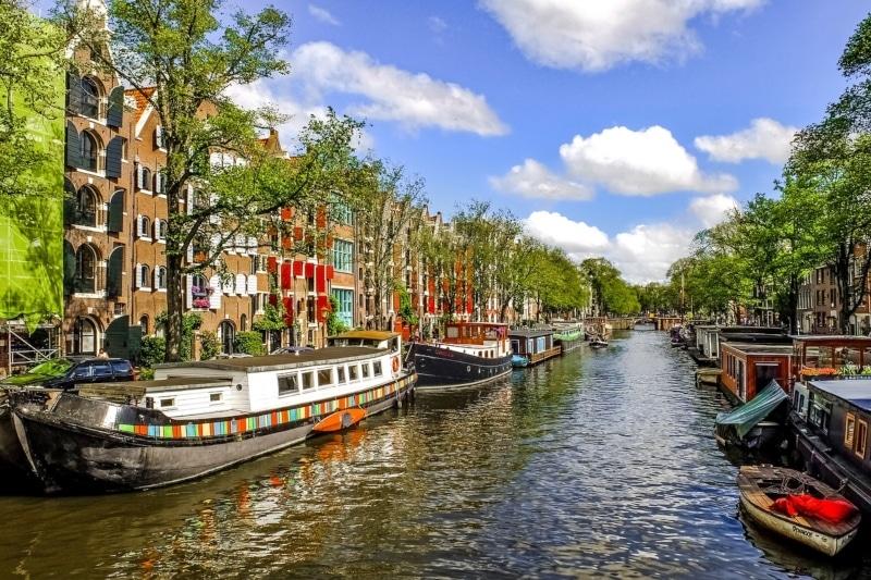 Roteiro na França, Bélgica e Holanda com parada em Amsterdã