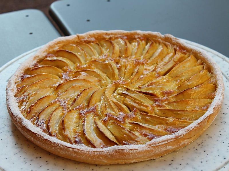 Doces franceses com maçã