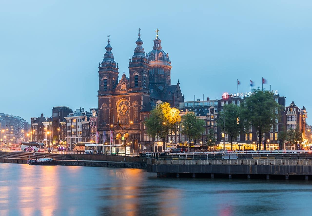 Conexão curta em Amsterdam