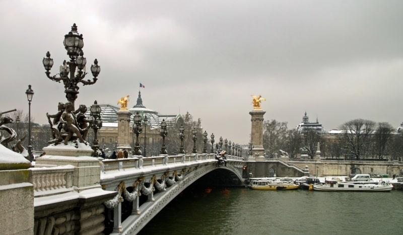 Baixa temporada em Paris