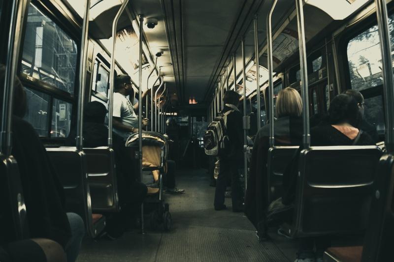 Viajar gastando pouco com transporte