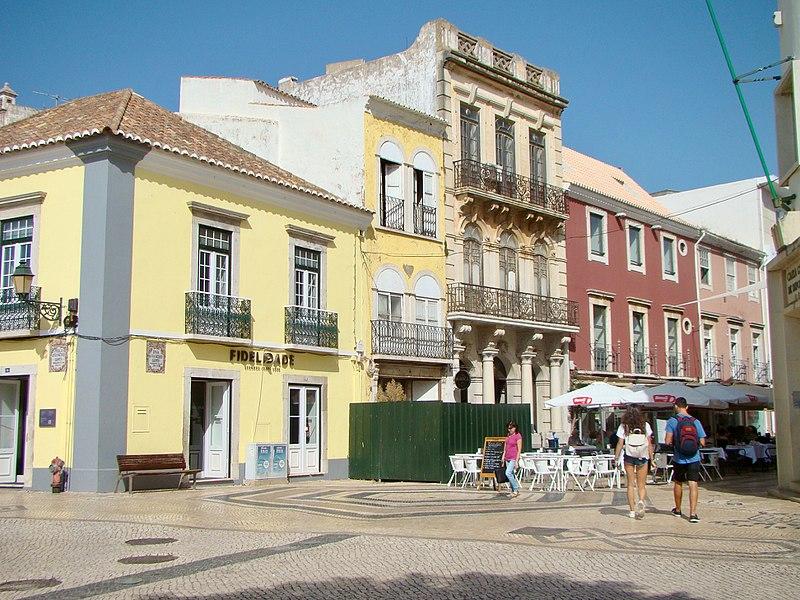 Principais áreas turísticas de Faro