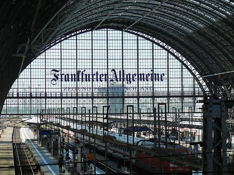 estação de trem frankfurt