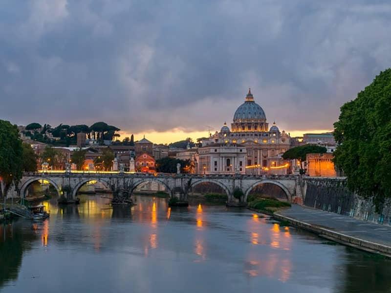 Lugares para conhecer de trem na Itália