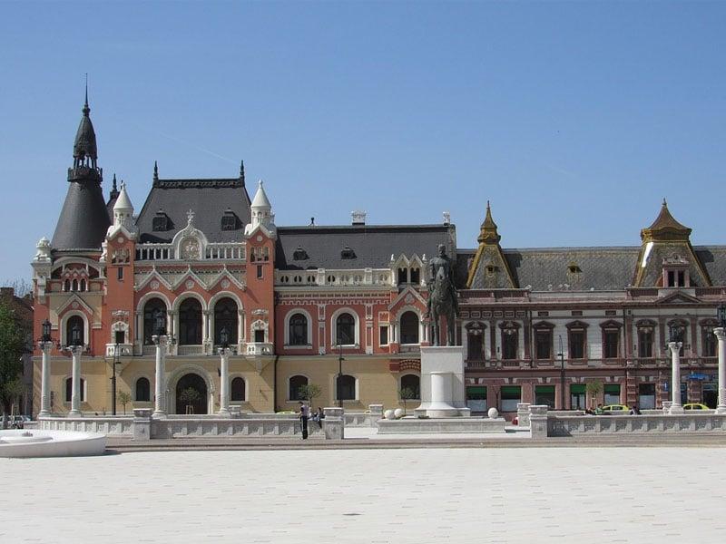 Pontos turísticos nas cidades da Romênia