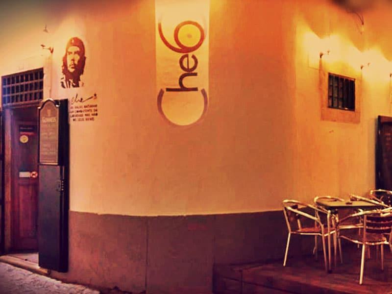 O melhor da vida noturna de Faro