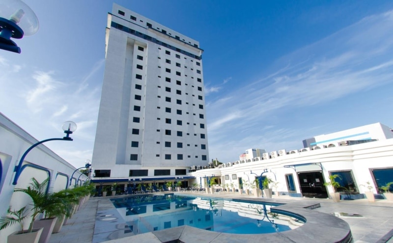 Hotéis com piscina em Belém